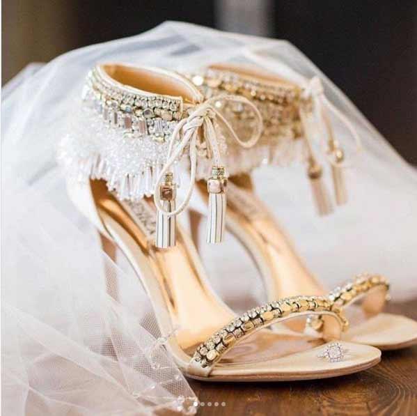 Zapatos de Novia listos para la ceremonia