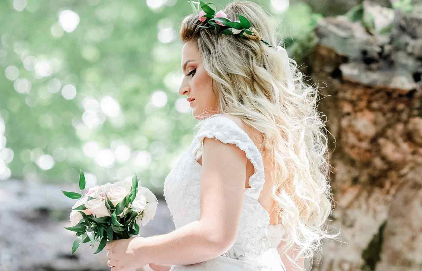 Peinados suaves y ondilados para una boda