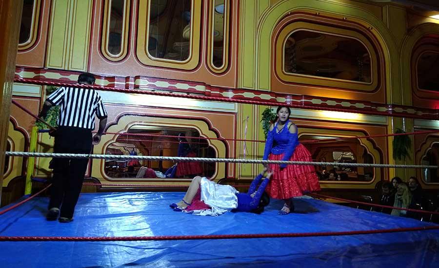 Cholitas Wrestling en La Paz (Bolivia)