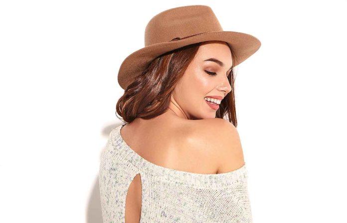 Eliminar el acné de la espalda en mujeres de forma fácil