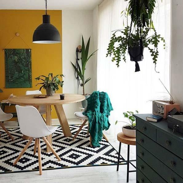 Añadir toques de color a las paredes de casa