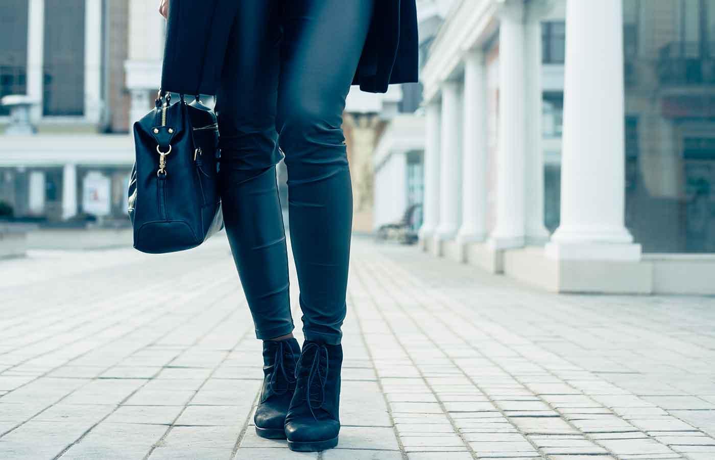 Botines ideales para un look minimalista