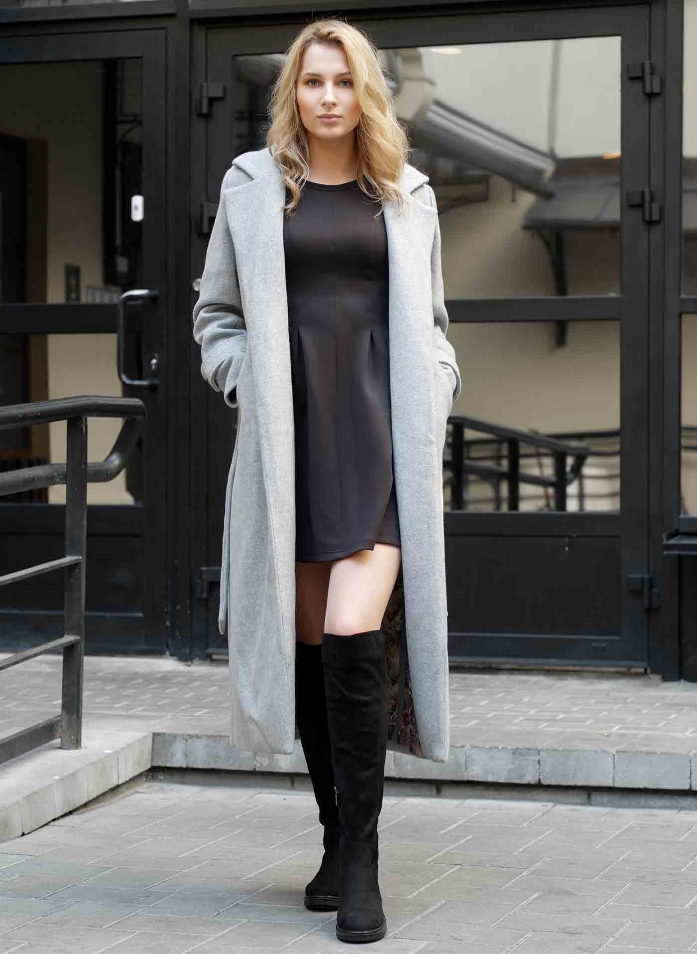 Abrigo largo por debajo de las rodillas para un look de invierno